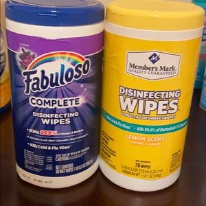 2 pack of wipes
